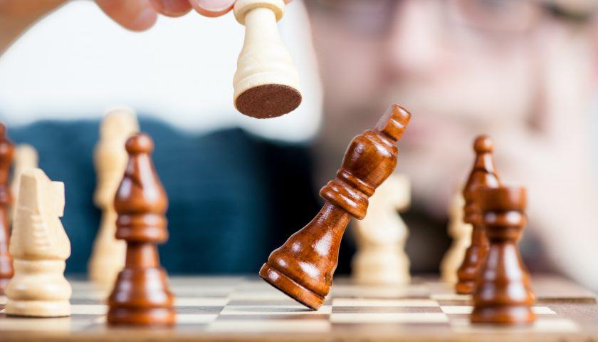 Playing maths-logic based board games